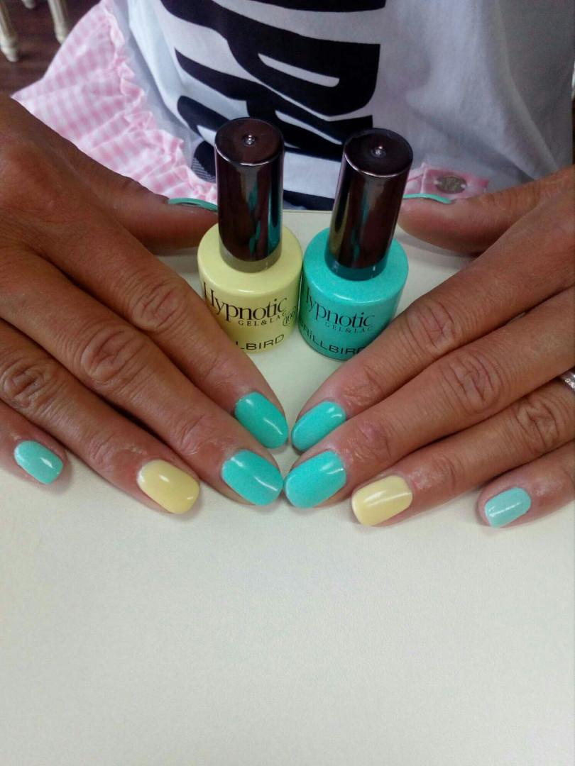 LookBook Eleonora Ojačavanje noktiju gelom + gel lak