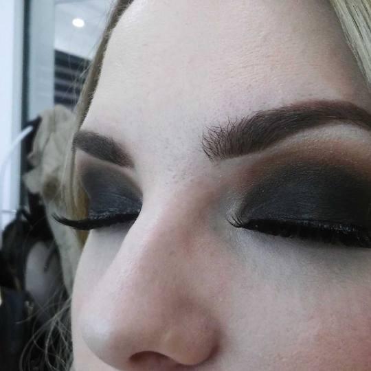 Studio Terazije #beograd Make-up / šminkanje Profesionalno šminkanje + veštačke trepavice