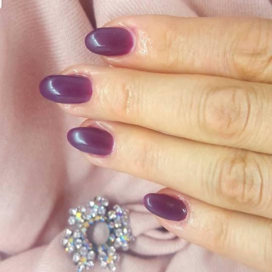 Le Salon #beograd Izlivanje noktiju Korekcija izlivanja noktiju gelom
