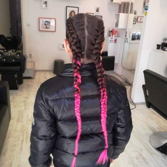 Attitude hair salon #beograd Pletenice, kike, punđe Pletenice u bojama - sve dužine kose