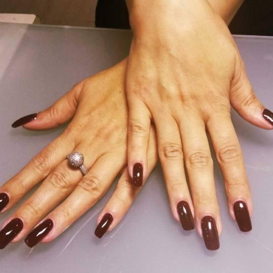 Sestro slatka #beograd Manikir Korekcija izlivanja / ojačavanja / nadogradnje noktiju + suvi maniki