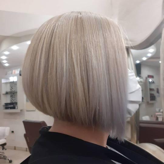 Kalina Beauty #beograd Pranje kose Žensko šišanje + pranje kose - sve dužine Pranje kose