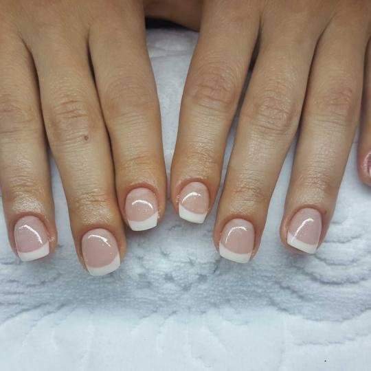 BB Studio #beograd Ojačavanje noktiju Ojačavanje prirodnih noktiju gelom gel-frenc