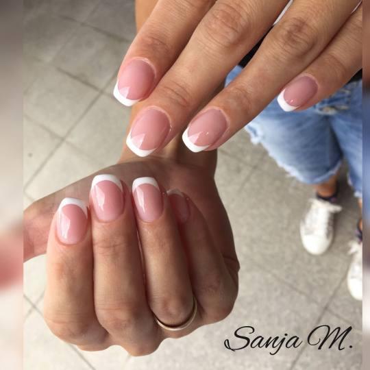 Beauty place Princess #beograd Korekcija noktiju Korekcija noktiju gelom