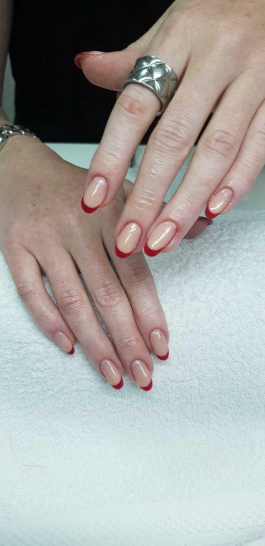 LookBook Tina B Izlivanje / Ojačavanje noktiju akrilom - po noktu