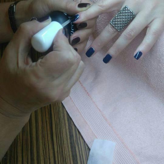 Kapriz #beograd Manikir Manikir + lakiranje noktiju
