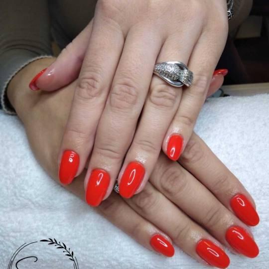 Sensus #beograd Ojačavanje noktiju Ojačavanje prirodnih noktiju gelom