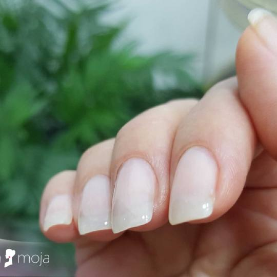 Slatka moja #beograd Nadogradnja noktiju Nadogradnja noktiju tipsama