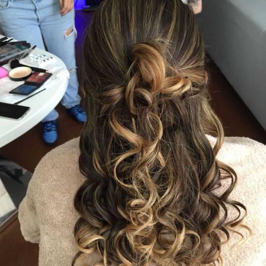 Bibi beauty centar #beograd Feniranje i stilizovanje Feniranje na ravno / lokne - duga kosa hair sty