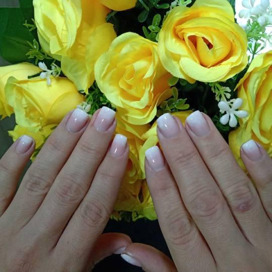 Krasiva #beograd Ojačavanje noktiju Ojačavanje noktiju gelom