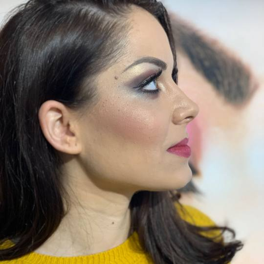 GM Beauty studio #beograd Make-up / šminkanje Profesionalno šminkanje + veštačke trepavice