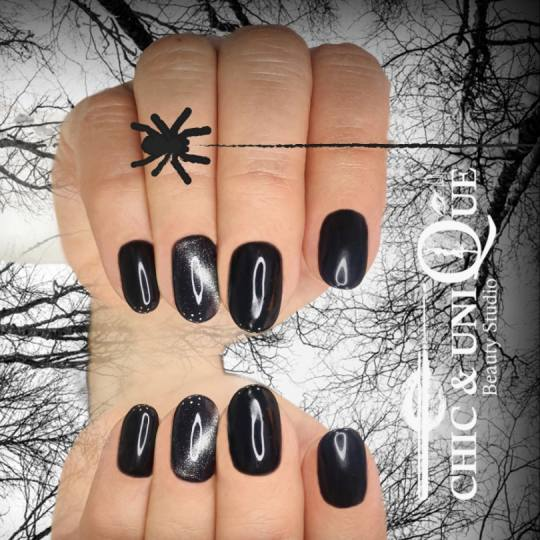 Chic & Unique Beauty Studio #beograd Gel lak Gel lak - ruke Black Friday manikir dizajn 💅🖤🔝
