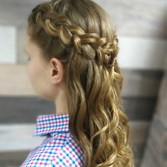 Ginger witch #beograd Svečane i frizure za svadbu Svečana frizura - jednostavna