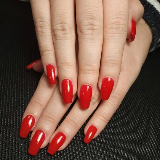 Right Beauty #beograd Ojačavanje noktiju Ojačavanje noktiju gelom - ruke