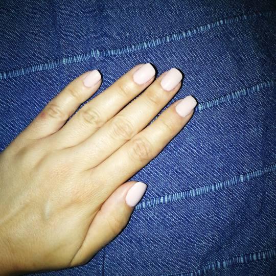Be YOU tiful #novisad Ojačavanje noktiju Ojačavanje prirodnih noktiju Dipping powder tehnikom