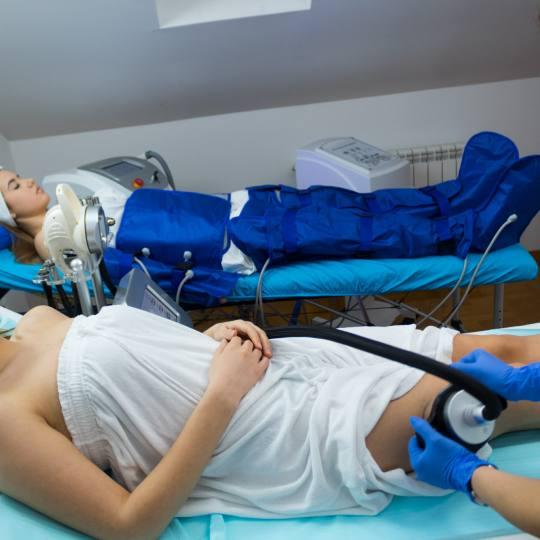 Sonnet beauty concept center #beograd Kavitacija (ultrazvučna lipoliza) tretman uklanjanja masnih n