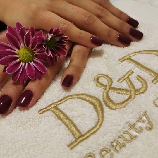 D&D Beauty Center #beograd Korekcija noktiju Mala korekcija gela