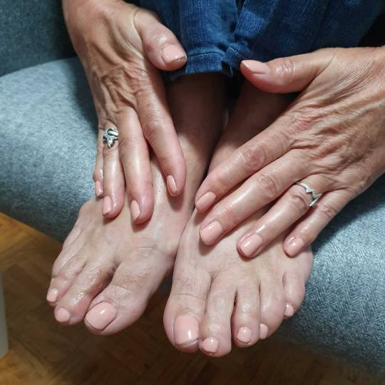 Tina S 021 #novisad Gel lak Gel lak - noge gel lak na nogama i rukama