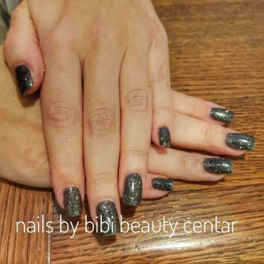 Bibi beauty centar #beograd Izlivanje noktiju Izlivanje noktiju gelom - kratki nokti izlivajnje  uz