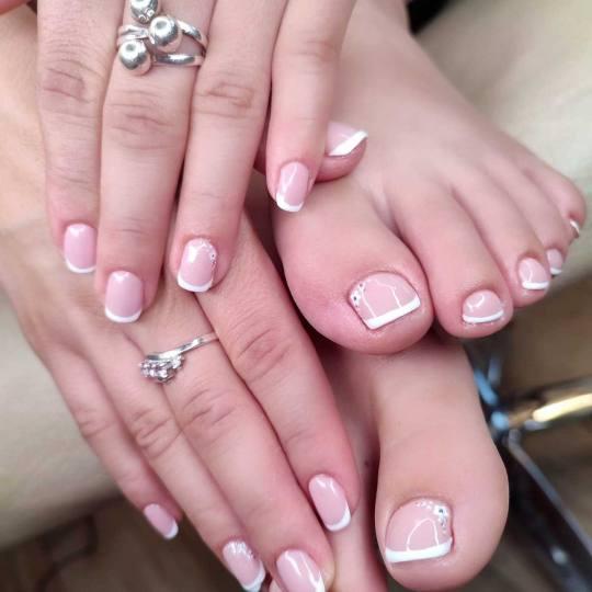 Bibi beauty centar #beograd Manikir Manikir + lakiranje noktiju french by BiBi