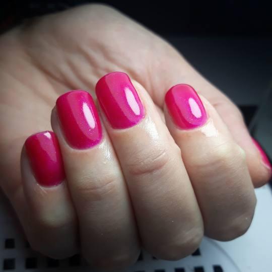 Salon Klinik #beograd Manikir Ruski manikir + gel lak - ruke