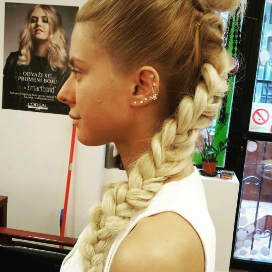Xtreme #beograd Svečane i frizure za svadbu Svečana frizura - sve dužine kose Svecana frizura