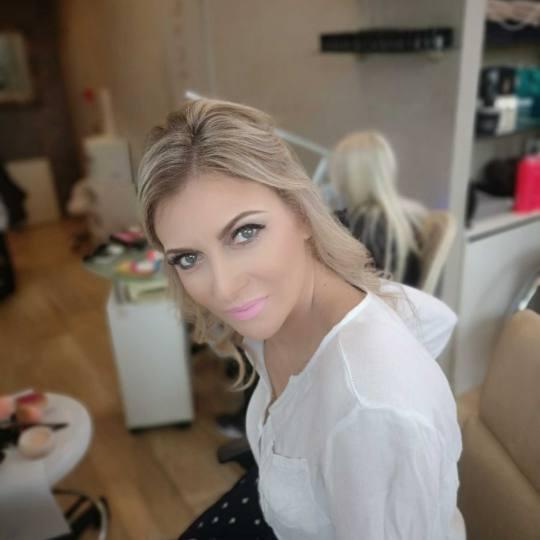 Bibi beauty centar #beograd Make-up / šminkanje Profesionalno šminkanje + veštačke trepavice mak