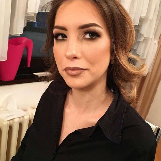 Right Beauty #beograd Make-up / šminkanje Profesionalno šminkanje + Aura veštačke trepavice