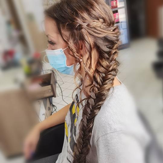 Sanja Afro Frizerka #nis Svečane i frizure za svadbu Svečana frizura / punđa