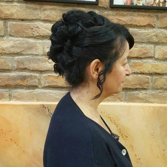 Hair Studio K1 #beograd Svečane i frizure za svadbu Svečana frizura - srednja dužina kose Pundja