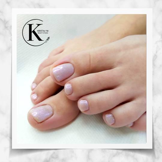Kristal. NI Beauty Studio #nis Estetski pedikir Estetski pedikir + gel lak