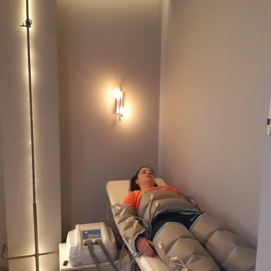Hit Fit #nis Radiotalasni i ultrazvučni tretmani Presoterapija - 30 minuta