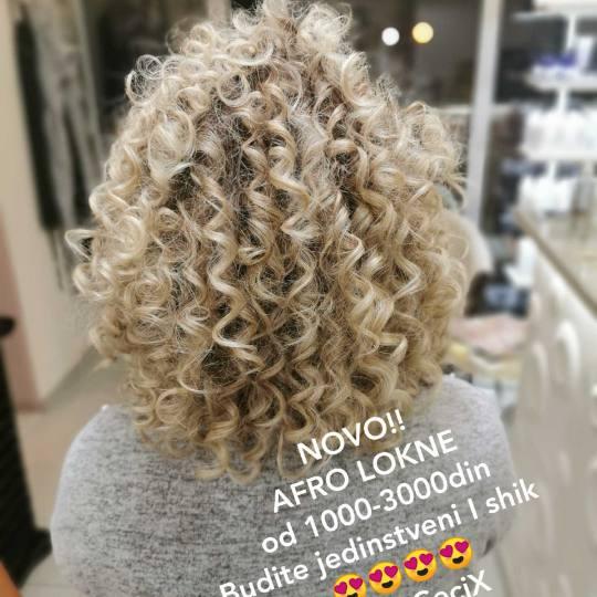 Cecix #beograd Uvijanje, lokne i talasi Afro lokne - polu duga kosa afro look