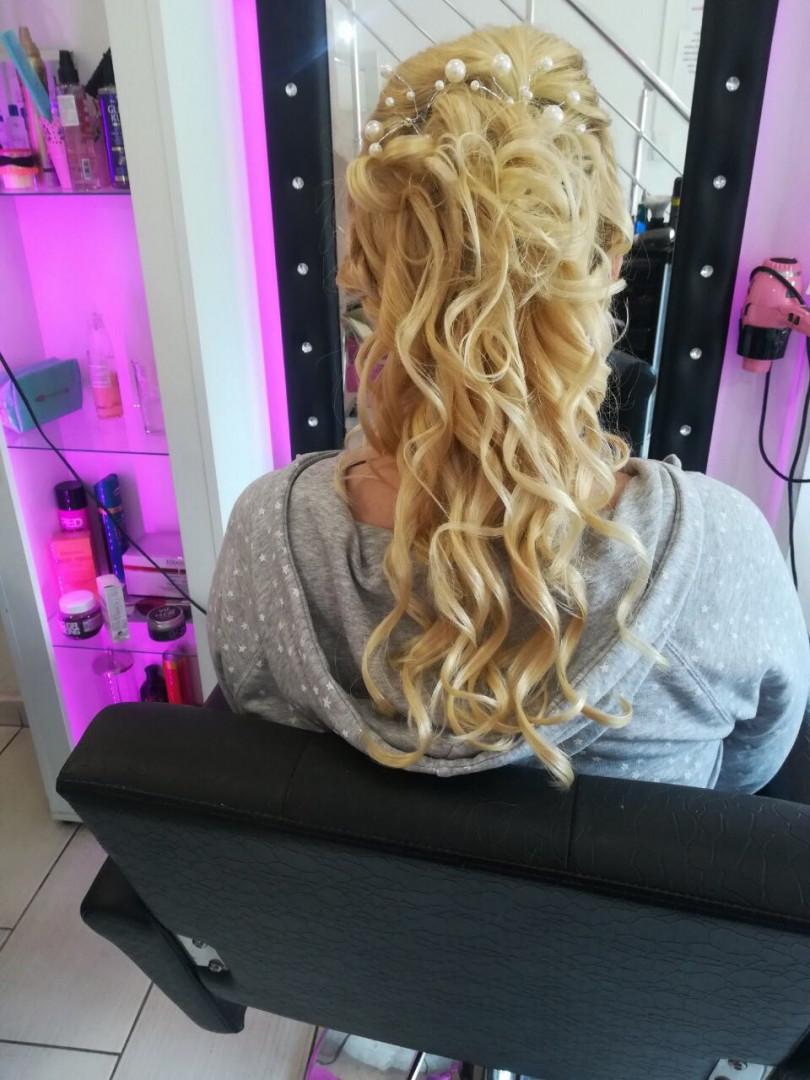 LookBook Plavi anđeo Svečana frizura - jednostavna