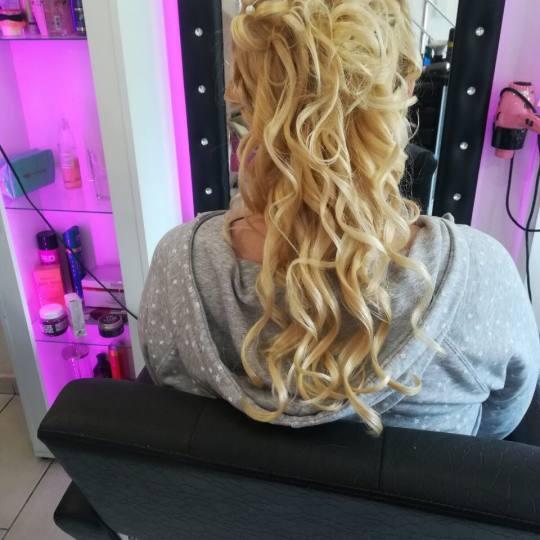 Plavi anđeo #beograd Svečane i frizure za svadbu Svečana frizura - jednostavna
