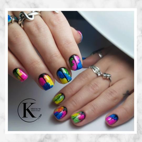 Kristal. NI Beauty Studio #nis Ojačavanje noktiju Ojačavanje prirodnih noktiju gelom