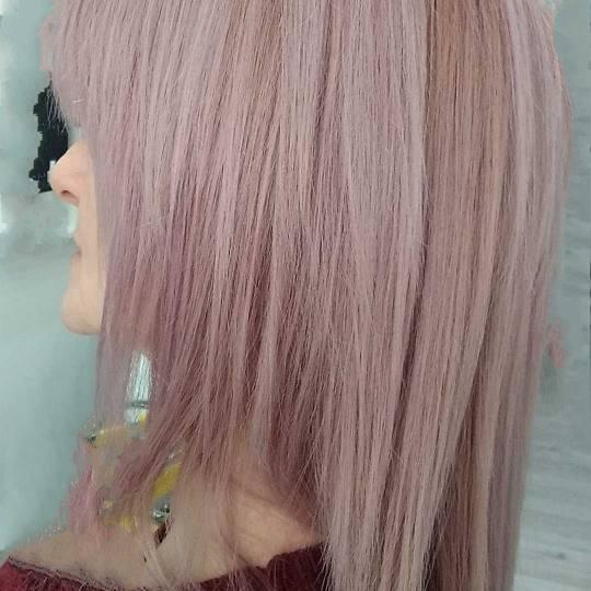 Sestro slatka #beograd Farbanje kose Farbanje cele dužine - kosa srednje dužine Korekcija žutih i