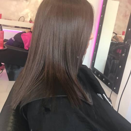Plavi anđeo #beograd Žensko šišanje Žensko šišanje - kosa srednje dužine