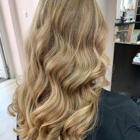 Hair Solutions #beograd Pramenovi Pramenovi na foliju 2 i više boja + preliv - duga kosa