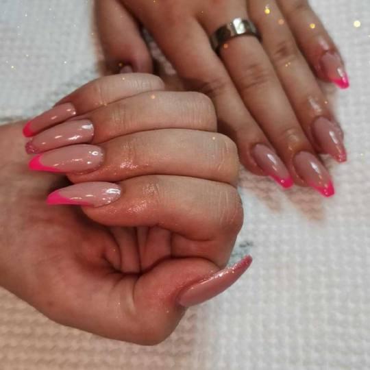 Beauty of Quince #beograd Izlivanje noktiju Izlivanje noktiju gelom