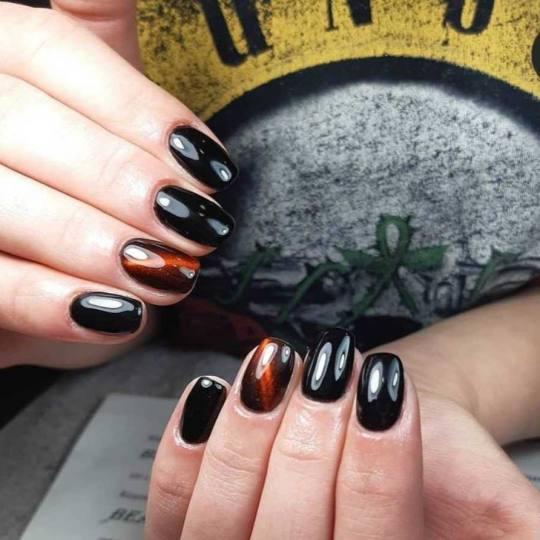Beautyland #nis Ojačavanje noktiju Korekcija ojačavanja/izlivanja/nadogradnje noktiju Ojačavanje