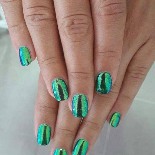 Studio lepote Diferente #beograd Ojačavanje noktiju Ojačavanje noktiju gelom zeleno plavi hrom boj