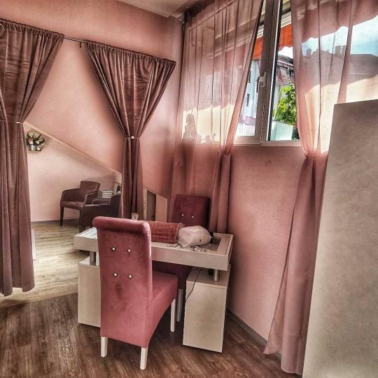 Bibi beauty centar #beograd Depilacija voskom Depilacija celih nogu hladnim voskom - za dame bibi sa