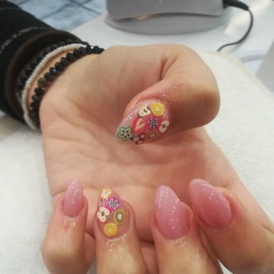 Alfaparf Nails #beograd Ukrašavanje noktiju Nail art - jedan nokat Ukrašavanje noktiju