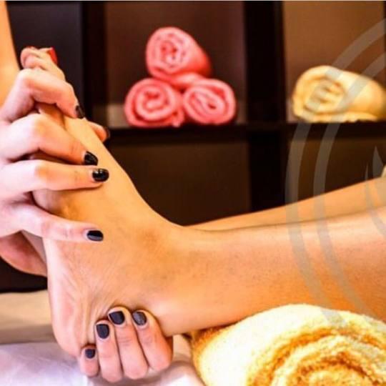 Lotus Massage #beograd Terapeutska masaža Teraputska masaža nogu