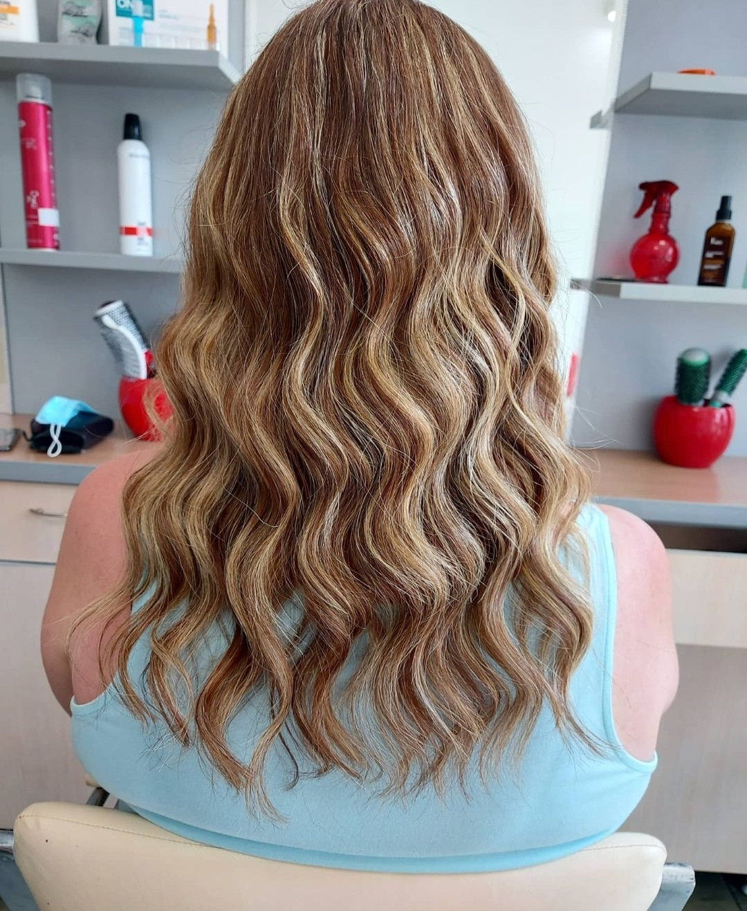 LookBook Topaz Beauty Feniranje na lokne - kosa srednje dužine