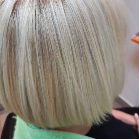 Victoriya Art #beograd Žensko šišanje Žensko šišanje - kratka kosa