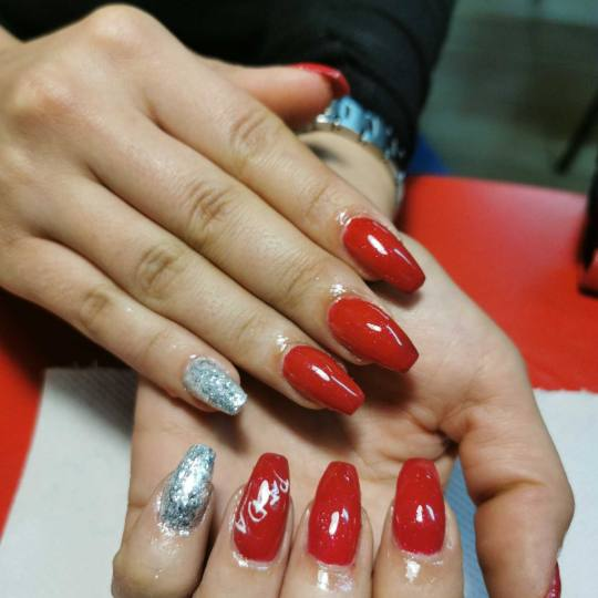 Bubamara #obrenovac Nadogradnja noktiju Nadogradnja noktiju tipsama