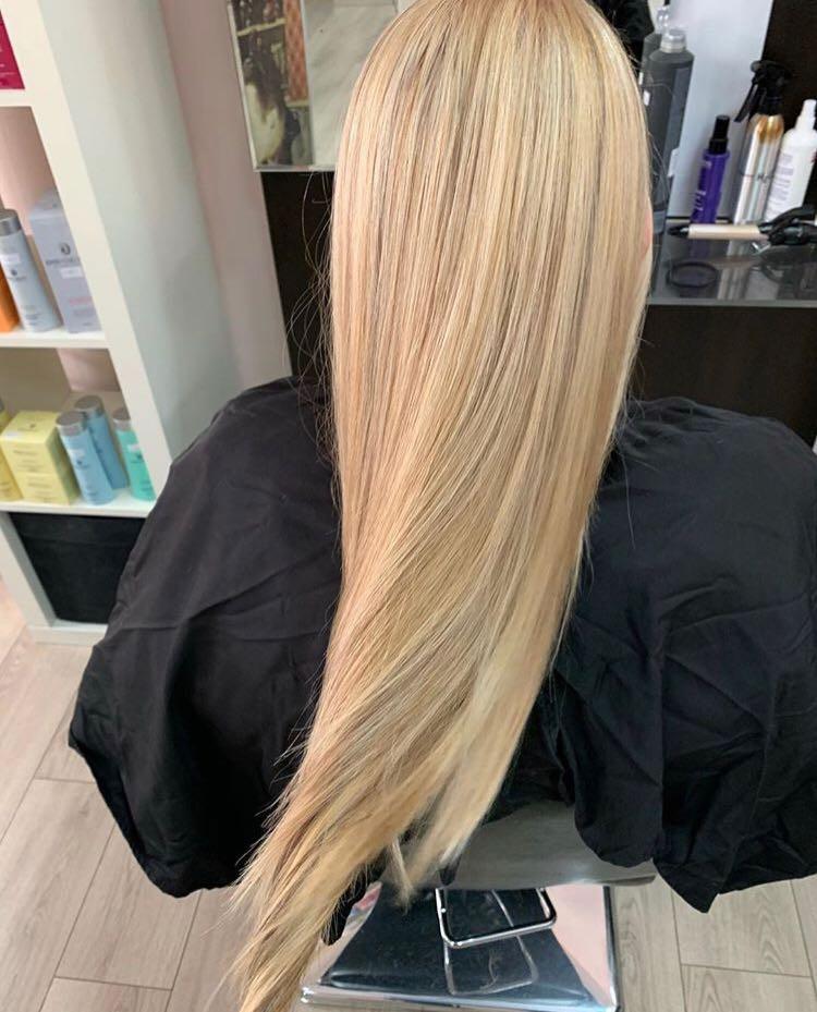 LookBook Hair Solutions Pramenovi na foliju 2 i više boja + preliv - ekstra duga kosa