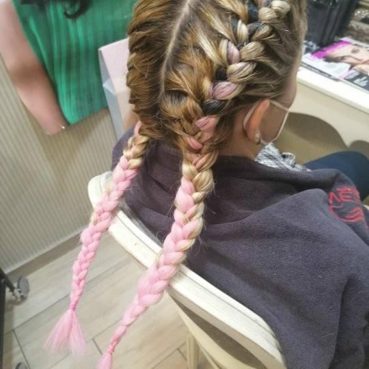 Bibi beauty centar #beograd Pletenice, kike, punđe Pletenice u BOJI - sve dužine kose pletenice u